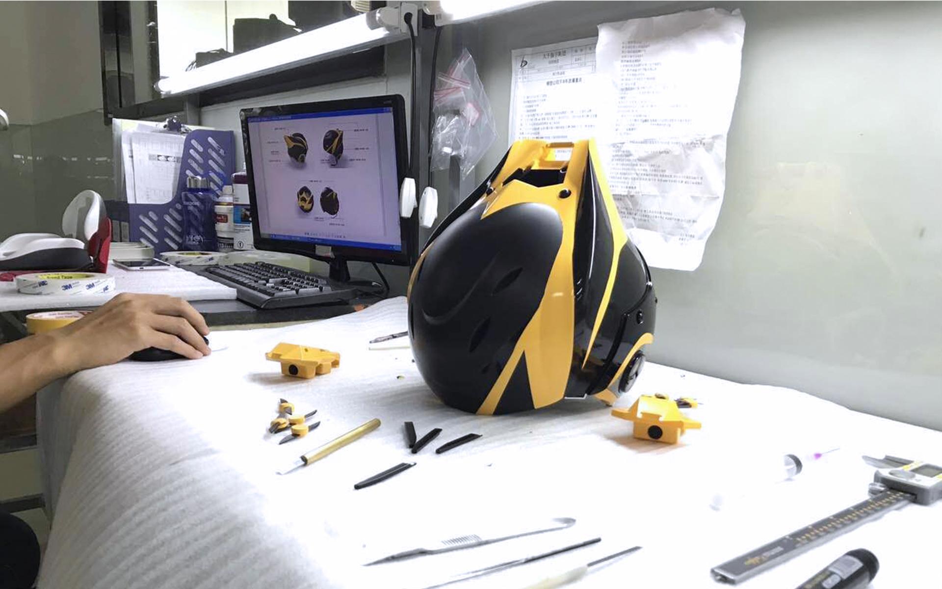 Прототип горнолыжного шлема