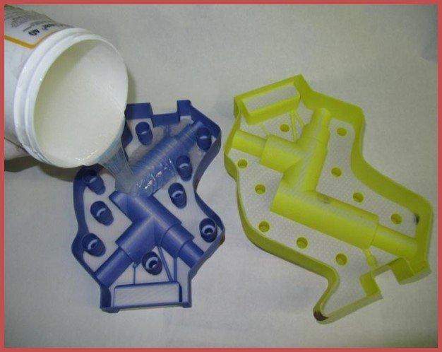 Процесс заливки силиконом