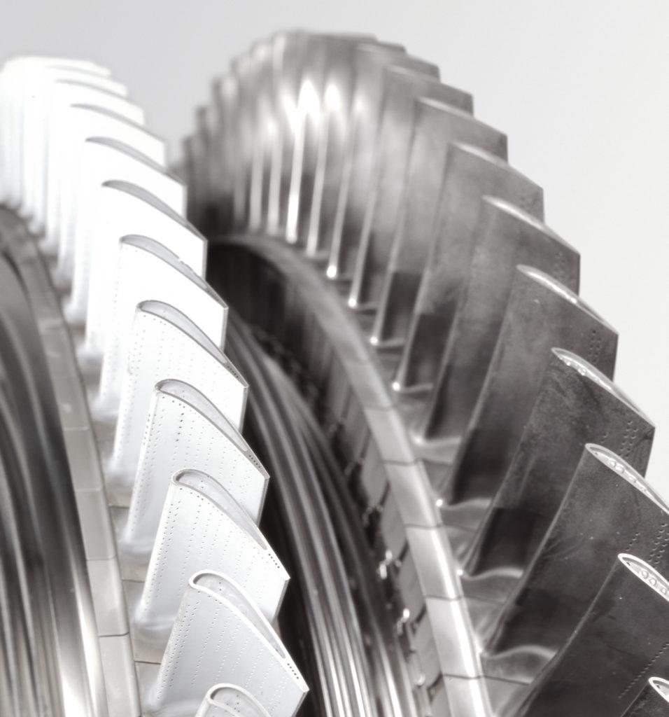 Газовые и реактивные турбины с системой охладительных отверстий
