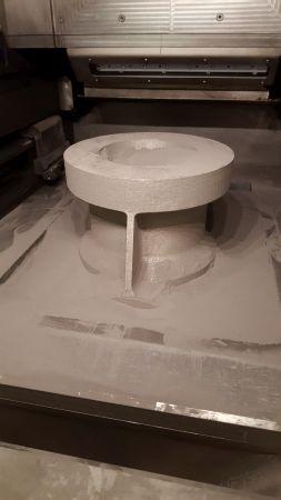 Процесс печати металлом на установке SLM Solutions
