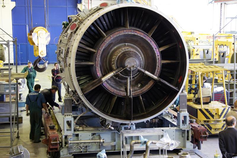 Сборка газотурбинного двигателя