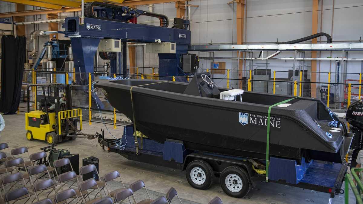 Лодка, созданная с помощью 3D принтера